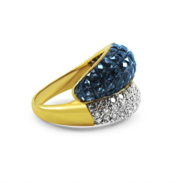 18K Yellow Gold, Diamond and Sapphire Ring