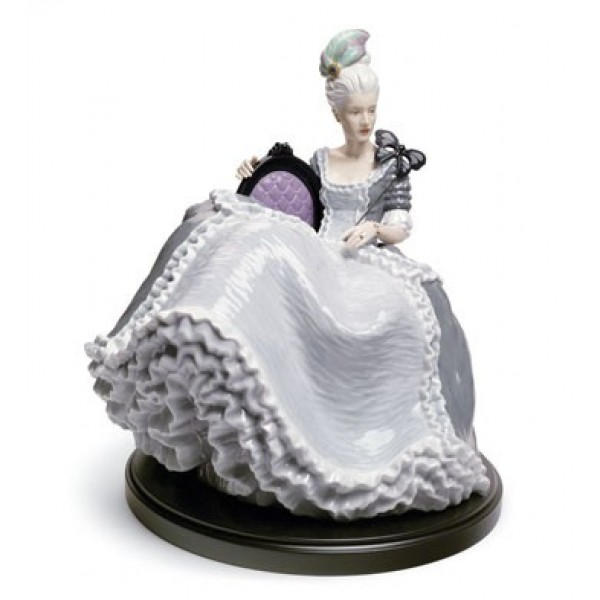 Lladro - Rococo Lady At The Ball