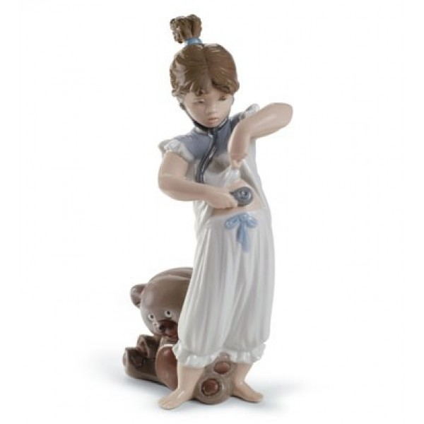 Lladro - Someone Called A Doctor?