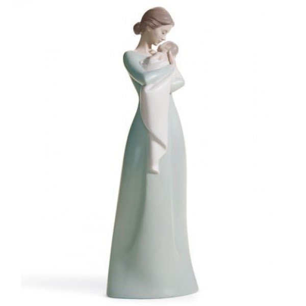 Lladro - A Mother's Embrace